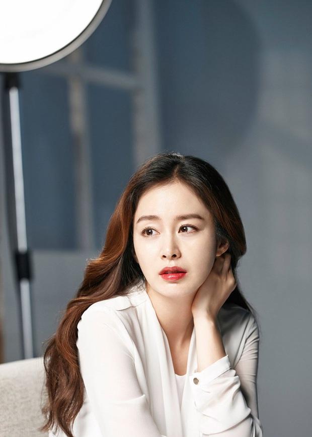Hot nhất MXH Hàn hôm nay: Song Hye Kyo, Kim Tae Hee, Son Ye Jin và 2 minh tinh này debut thành girlgroup Kpop, ai sẽ là center? - Ảnh 9.