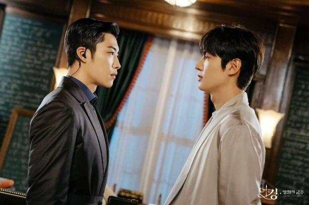 Quân Vương Bất Diệt của Lee Min Ho vừa chiếu đã vướng phốt đạo nhái, hết ồn ào nữ phụ ngoại tình lại trúng vận đen lần 2? - Ảnh 5.