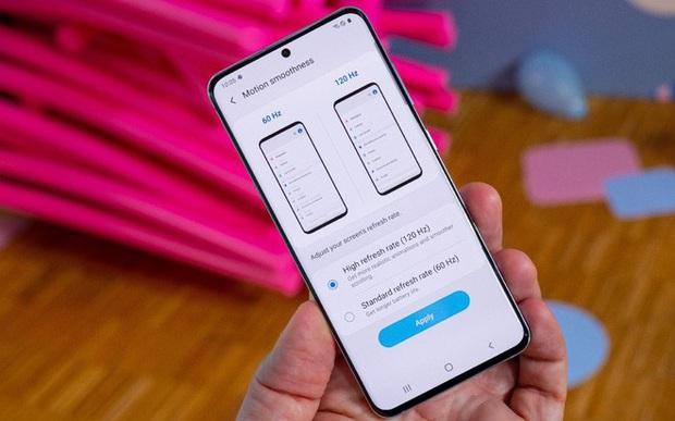 Khép lại mùa đầu bảng 2020, smartphone Android trở nên giống nhau hơn bao giờ hết - Ảnh 3.