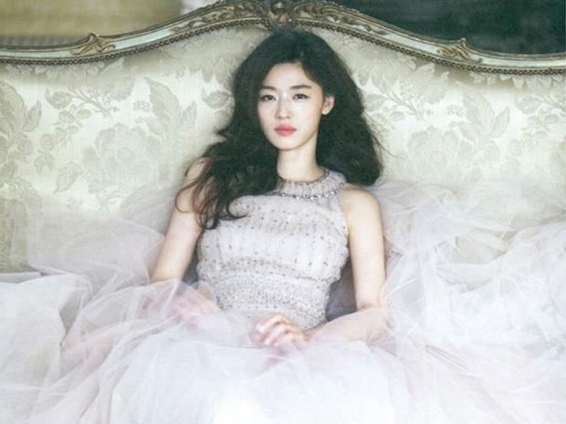 Hot nhất MXH Hàn hôm nay: Song Hye Kyo, Kim Tae Hee, Son Ye Jin và 2 minh tinh này debut thành girlgroup Kpop, ai sẽ là center? - Ảnh 13.