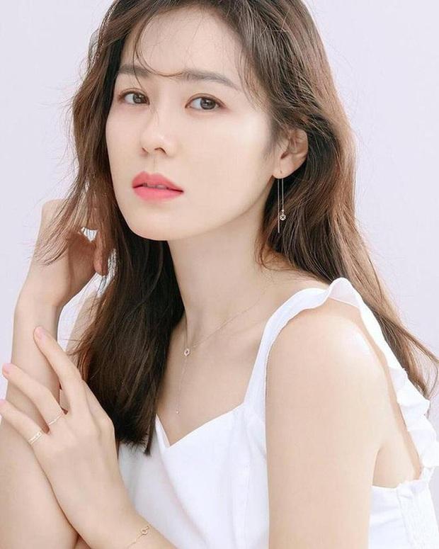 Hot nhất MXH Hàn hôm nay: Song Hye Kyo, Kim Tae Hee, Son Ye Jin và 2 minh tinh này debut thành girlgroup Kpop, ai sẽ là center? - Ảnh 15.