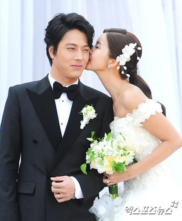 Hôn lễ quý tử phó chủ tịch tập đoàn KIA và mỹ nhân Bản tình ca mùa đông hot trở lại, Lee Min Ho và dàn khách khủng gây choáng - Ảnh 3.