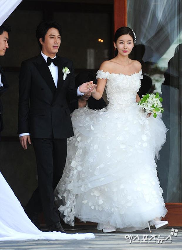 Hôn lễ quý tử phó chủ tịch tập đoàn KIA và mỹ nhân Bản tình ca mùa đông hot trở lại, Lee Min Ho và dàn khách khủng gây choáng - Ảnh 2.