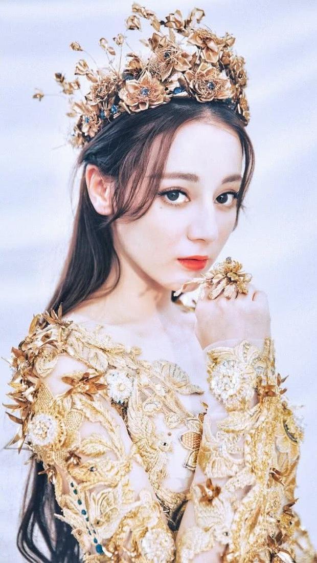 Hội 7 nữ thần Kim Ưng của màn ảnh Hoa ngữ: Đố ai gây tranh cãi bằng Thị Hậu Địch Lệ Nhiệt Ba! - Ảnh 17.