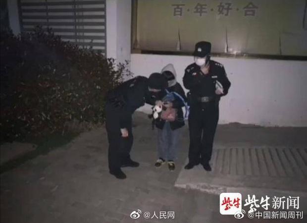 Bị so sánh với con người ta, cậu bé 13 tuổi bất mãn tố tội gia đình với cảnh sát sau khi làm hành động dở khóc dở cười - Ảnh 1.