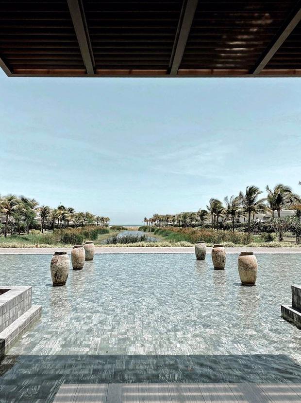 Vợ chồng Bảo Thy thuê hẳn khu villa kế biển sang chảnh, giá phòng cực đắt nhưng tuyên bố hết cách ly mới về! - Ảnh 4.