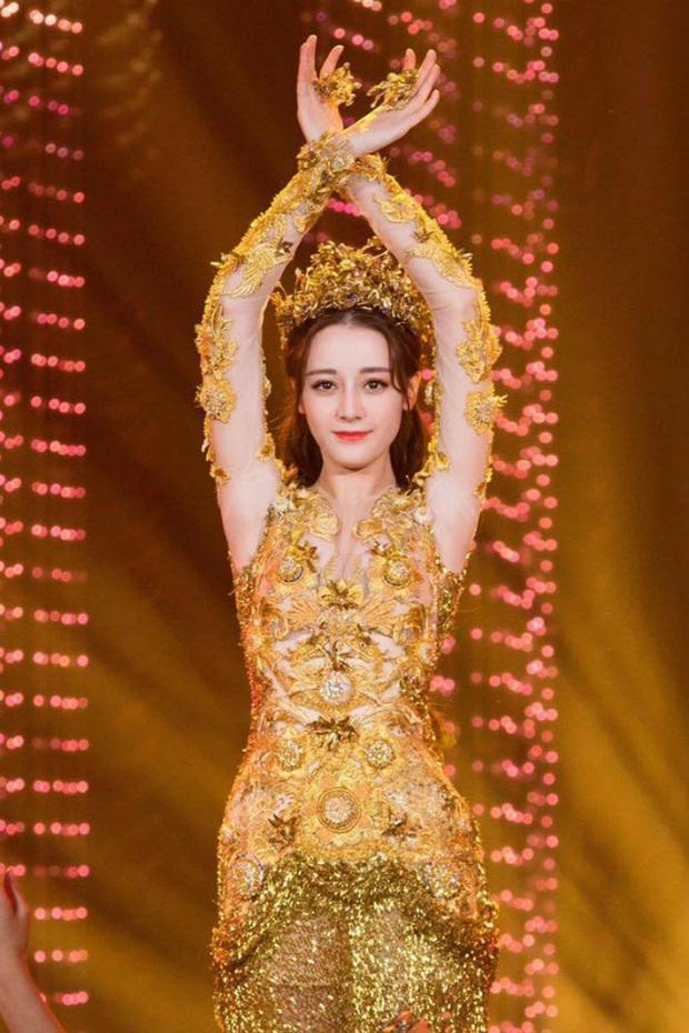 Hội 7 nữ thần Kim Ưng của màn ảnh Hoa ngữ: Đố ai gây tranh cãi bằng Thị Hậu Địch Lệ Nhiệt Ba! - Ảnh 15.