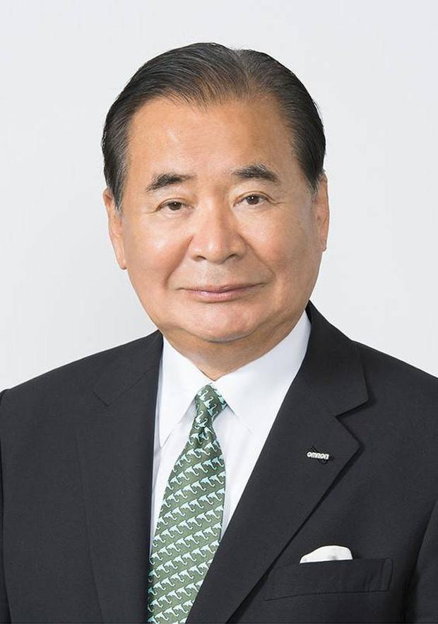 Cựu chủ tịch tập đoàn thiết bị y tế hàng đầu Nhật Bản qua đời vì nhiễm Covid-19 - Ảnh 1.