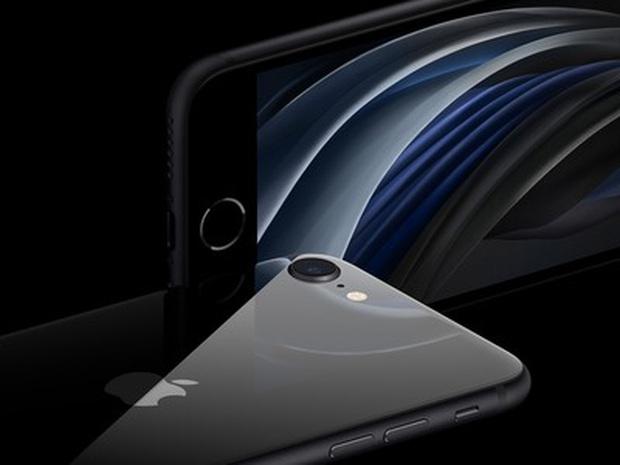 Đọ sức so tài iPhone SE 2020 và iPhone XR: Đâu mới là quả Táo ngon giá rẻ và đáng mua nhất? - Ảnh 2.