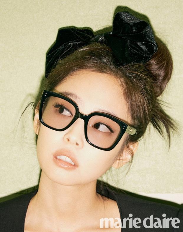 BST kính Gentle Monster x Jennie vừa mở bán đã sold out chỉ trong 1 nốt nhạc, web hãng bị đánh sập - Ảnh 1.