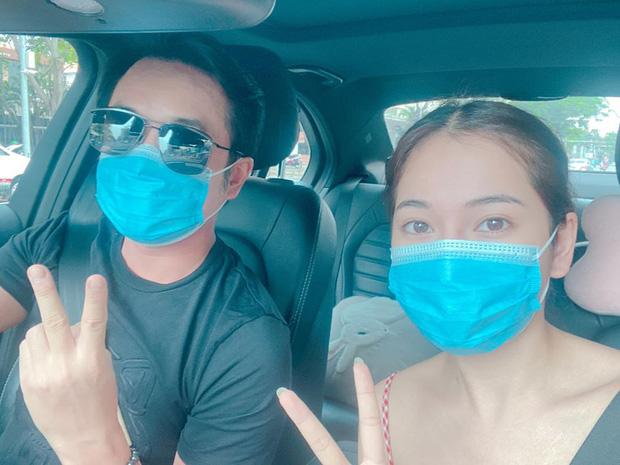 """Chuyện thật như đùa: Dương Khắc Linh """"bỏ quên vợ"""" ở siêu thị dù đã kết hôn 1 năm, nghe Sara Lưu kể mà giận thay! - Ảnh 2."""
