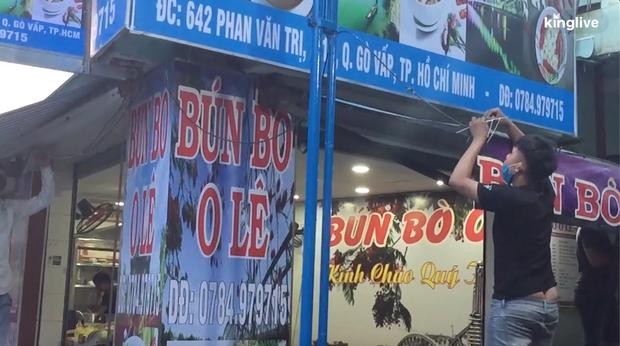 Clip: Các quán ăn ở Hà Nội và TP.HCM tất bật chuẩn bị để có thể buôn bán lại sau khi được nới lỏng cách ly xã hội - Ảnh 2.