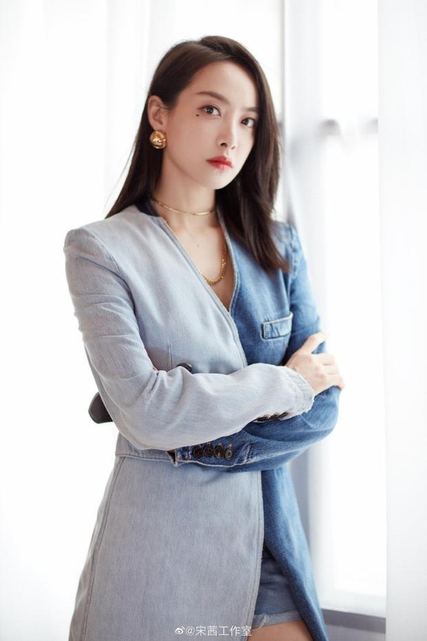 Dàn HLV đối thủ của Lisa ở họp báo Sáng Tạo Doanh: Luhan và Tao hack tuổi thần sầu, body của Victoria gây bất ngờ - Ảnh 7.