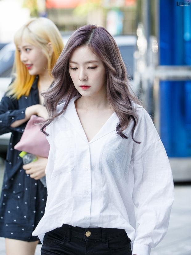 Áo sơ mi trắng có nhạt cỡ nào thì vào tay các mỹ nhân Hàn cũng ra được những set đồ đẹp mê ly - Ảnh 2.