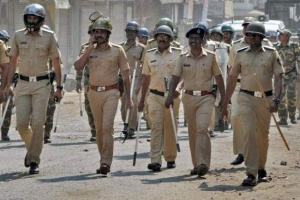 Chết cười với cách cảnh sát Ấn Độ sử dụng PUBG Mobile để giữ chân người dân ở trong nhà tránh dịch - Ảnh 1.
