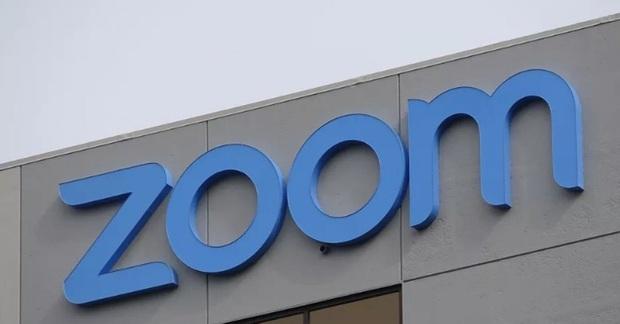 App Zoom update lớn: Cuối cùng cũng cho phép report những Khá Bảnh giả danh vào phá đám lớp học - Ảnh 2.
