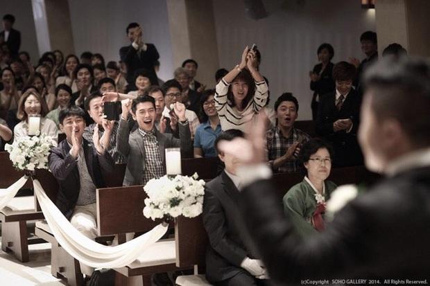 Những chàng trai vàng trong làng đi đám cưới: Lee Min Ho, Hyun Bin làm lu mờ cả chú rể, gây chú ý nhất là cặp đôi này trong hôn lễ của Song - Song - Ảnh 4.