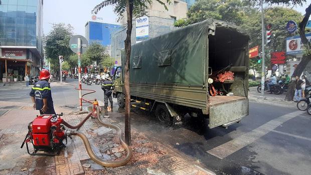 Cơ sở spa ở trung tâm Sài Gòn bị cháy trong ngày đầu nới lỏng cách ly xã hội - Ảnh 1.