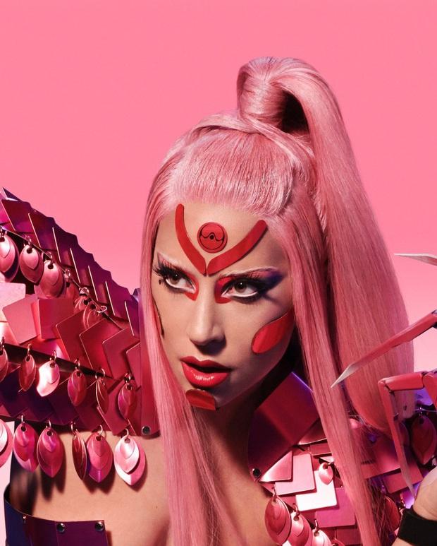 Album trở lại sau 4 năm của Lady Gaga có gì: Single mở đường bị chê và flop tơi tả, những màn collab trong mơ và không hẹn ngày ra mắt - Ảnh 2.