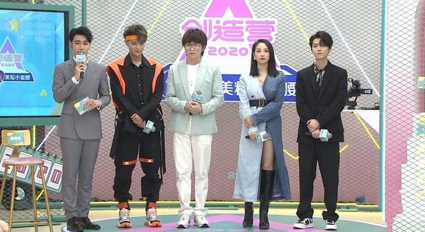Bài bản đến phát sợ như Kbiz: Netizen phát hiện các idol nhà SM đều được đào tạo chung một lò tuyệt chiêu tạo dáng sang chảnh - Ảnh 1.