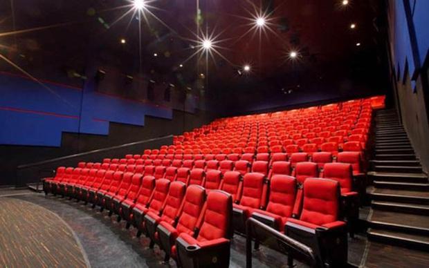 Rạp chiếu phim có mở cửa trở lại sau lệnh nới lỏng cách ly xã hội? - Ảnh 2.