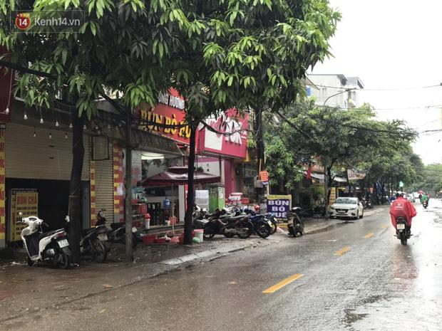 Hà Nội: Hàng quán đồng loạt mở cửa sau ngày đầu thực hiện nới lỏng cách ly xã hội do dịch bệnh COVID-19 - Ảnh 12.