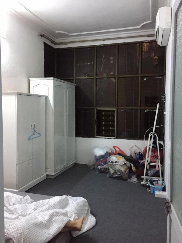 Gái xinh tự tay sơn lại cả phòng, hy sinh bộ quần áo để lột xác cho căn phòng trọ cũ thành tone hồng cực cute - Ảnh 3.