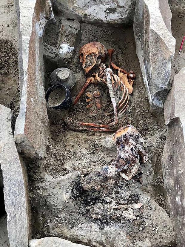 Xác ướp người đẹp ngủ được khai quật sau 2.000 năm: Tình trạng bảo quản tốt, nhiều khả năng là quý tộc thời cổ đại - Ảnh 2.