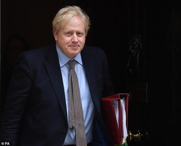 Khỏi COVID-19, Thủ tướng Anh trở lại làm việc từ thứ Hai  - Ảnh 1.