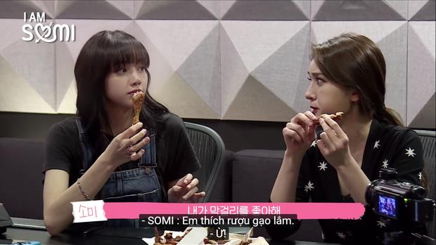 Hóa ra bông hồng lai Somi cũng là 1 fan của cô giáo khó tính Lisa tại Thanh xuân có bạn! - Ảnh 4.
