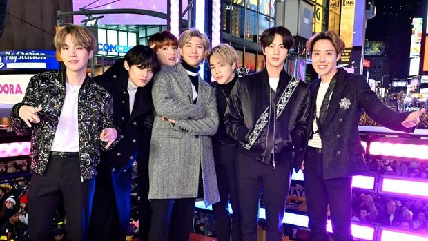 30 nhóm nhạc Kpop hot nhất hiện nay: Top 3 đắt giá cuối cùng đã hội ngộ, bất ngờ nhất là đối thủ hạ gục Red Velvet - Ảnh 2.
