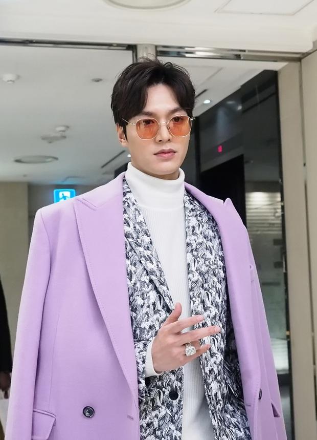 Tưởng vô lý, nhưng Quân vương Lee Min Ho sexy nhất khi... kín như bưng: Chỉ cần trang phục này là chị em vứt hết liêm sỉ - Ảnh 10.