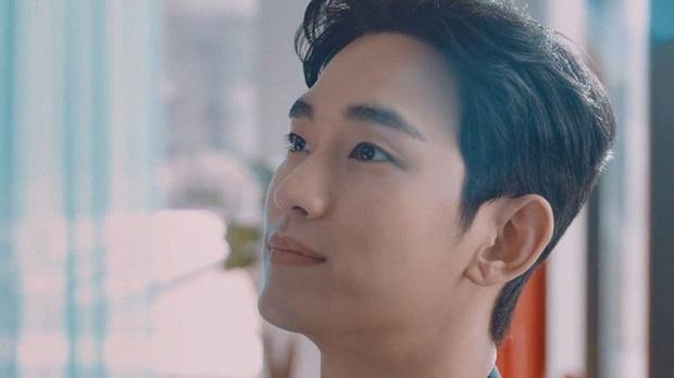 Cụ giáo Kim Soo Hyun vừa trở lại đã cạnh tranh sức hút với Quân vương Lee Min Ho chỉ bằng khoảnh khắc này - Ảnh 4.