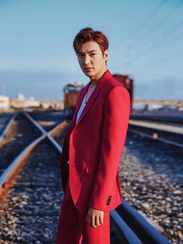 Tưởng vô lý, nhưng Quân vương Lee Min Ho sexy nhất khi... kín như bưng: Chỉ cần trang phục này là chị em vứt hết liêm sỉ - Ảnh 5.