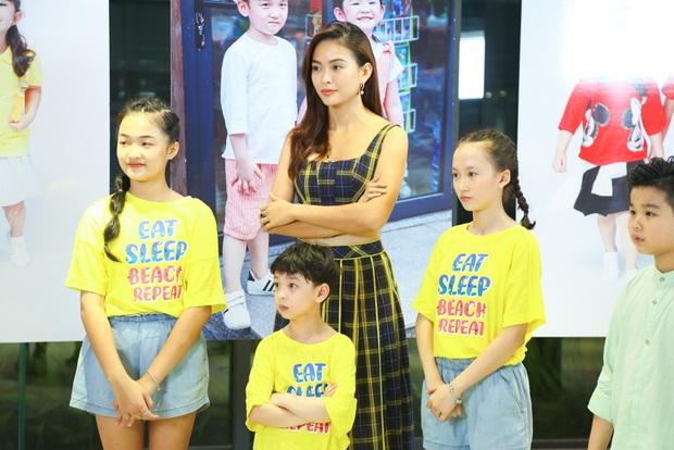 Model Kid: Thí sinh nhí dũng cảm nói sự thật, host Thúy Hạnh trách nhầm HLV Hương Ly trong tập Bán kết - Ảnh 4.