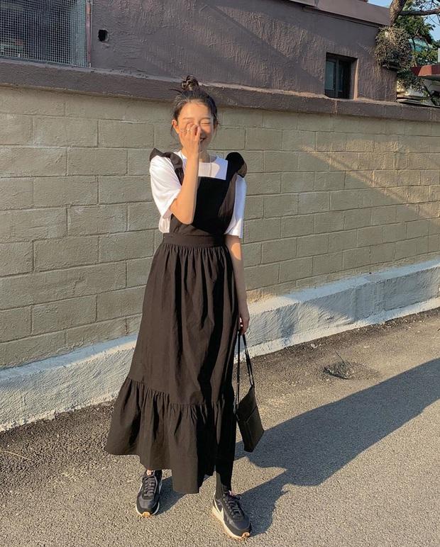 Áp dụng 4 tips diện váy hack dáng sau, bạn thấp bé đến mấy thì trông cũng cao ráo như thật - Ảnh 1.