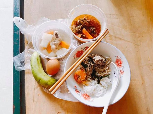 Bà xã Đăng Khôi update tình hình đi cách ly ngày đầu: Cơm ngày 3 bữa ngon chuẩn mẹ nấu, sợ lúc trở về lăn thay vì đi - Ảnh 4.