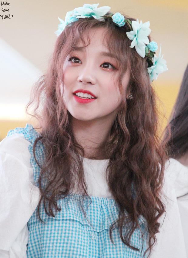 Xôn xao vụ quản lý nhóm nhạc nữ Kpop nổi tiếng hành hung fan vì nguyên nhân vô lý, netizen tìm ngay ra danh tính? - Ảnh 6.