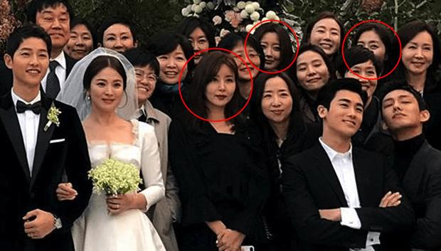 Hội bạn thân quyền lực chỉ toàn mỹ nhân của Song Hye Kyo: Ai cũng hôn nhân viên mãn, ông xã toàn là người máu mặt, chỉ riêng nàng em út mang danh bị chồng bỏ - Ảnh 3.