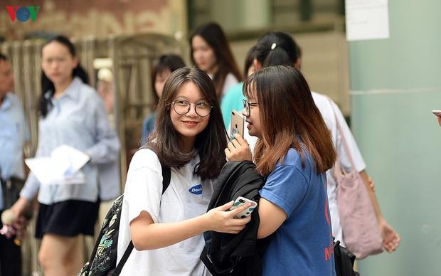 Những trường đại học nào tuyển sinh bằng kết quả thi tốt nghiệp THPT - Ảnh 1.
