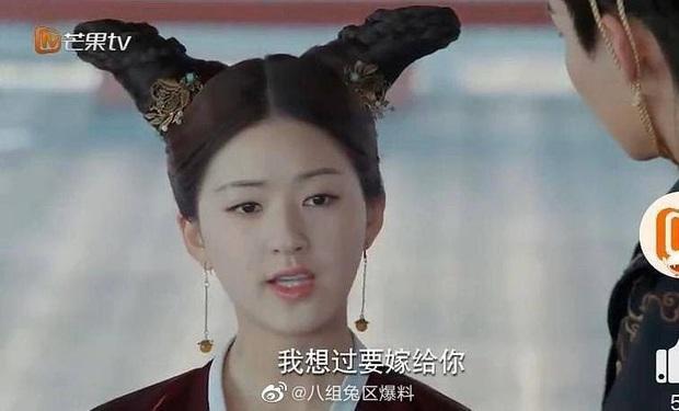 Khóc thét với loạt tạo hình kì lạ của mỹ nhân phim cổ trang Hoa ngữ: Đầu dưa lưới Châu Tấn chưa hú hồn bằng tóc rễ cây Dương Mịch - Ảnh 9.