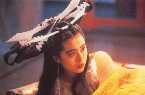 Khóc thét với loạt tạo hình kì lạ của mỹ nhân phim cổ trang Hoa ngữ: Đầu dưa lưới Châu Tấn chưa hú hồn bằng tóc rễ cây Dương Mịch - Ảnh 15.