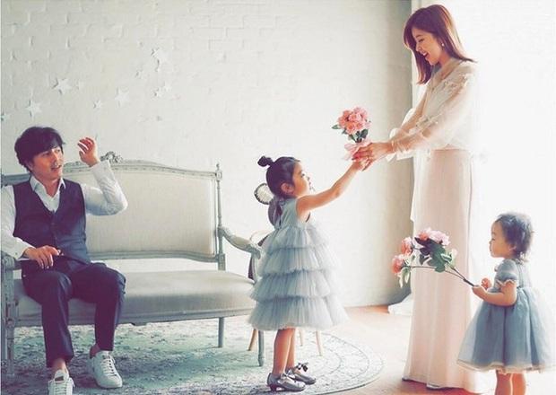 Hội bạn thân quyền lực chỉ toàn mỹ nhân của Song Hye Kyo: Ai cũng hôn nhân viên mãn, ông xã toàn là người máu mặt, chỉ riêng nàng em út mang danh bị chồng bỏ - Ảnh 6.