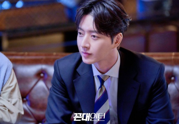Phim Hàn tháng 5: Hóng nhất màn kèn cựa của đôi chị đại Jang Nara và Hwang Jung Eum - Ảnh 14.