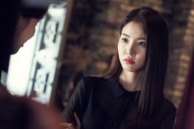 Drama tay ba được truyền hình Hàn nâng cấp lên phiên bản mới: Anh em một nhà choảng nhau vì chị dâu? - Ảnh 4.