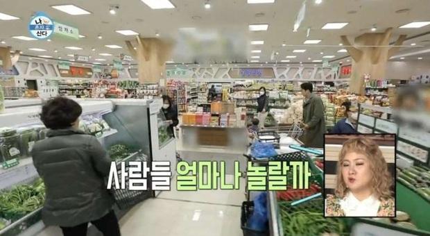 Tài tử Trái tim mùa thu Song Seung Hun bị chỉ trích nặng nề vì thái độ vô tư ở siêu thị giữa mùa dịch COVID-19 - Ảnh 6.