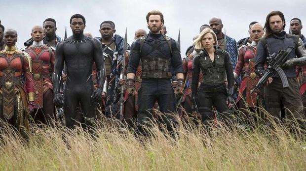 """Endgame lãi gần tỷ đô cũng không sốc bằng """"cảnh nóng"""" bị cắt giữa Hulk và Black Widow - Ảnh 5."""