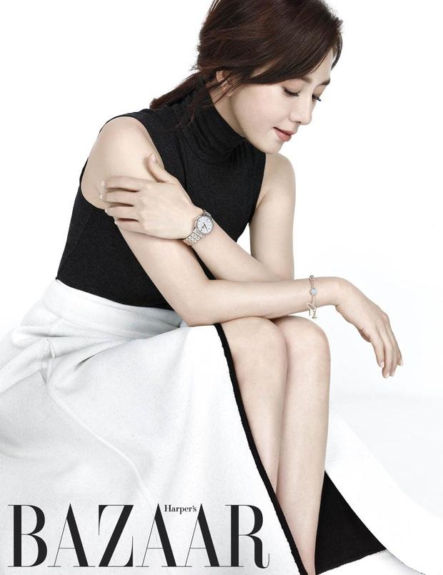 Bà cả Thế giới hôn nhân Kim Hee Ae: Ảnh hậu lấy Bill Gates xứ Hàn, con học trường quốc tế, U55 vẫn gây sốc vì cảnh 18+ - Ảnh 10.