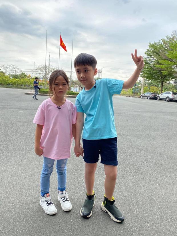 Bé Sol nhà Đoan Trang & bé Andy nhà Thu Trang gây sốt với loạt hình ảnh tình củm hết nấc! - Ảnh 4.