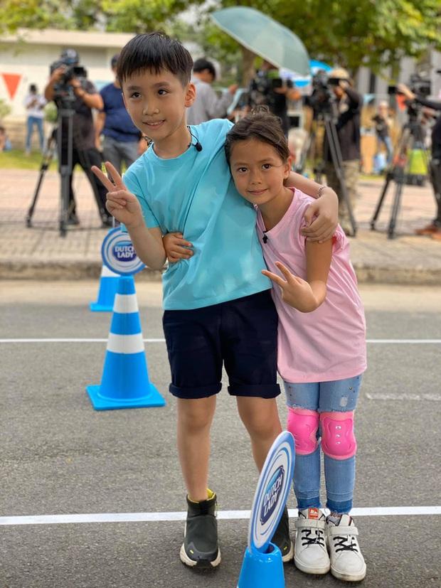 Bé Sol nhà Đoan Trang & bé Andy nhà Thu Trang gây sốt với loạt hình ảnh tình củm hết nấc! - Ảnh 3.